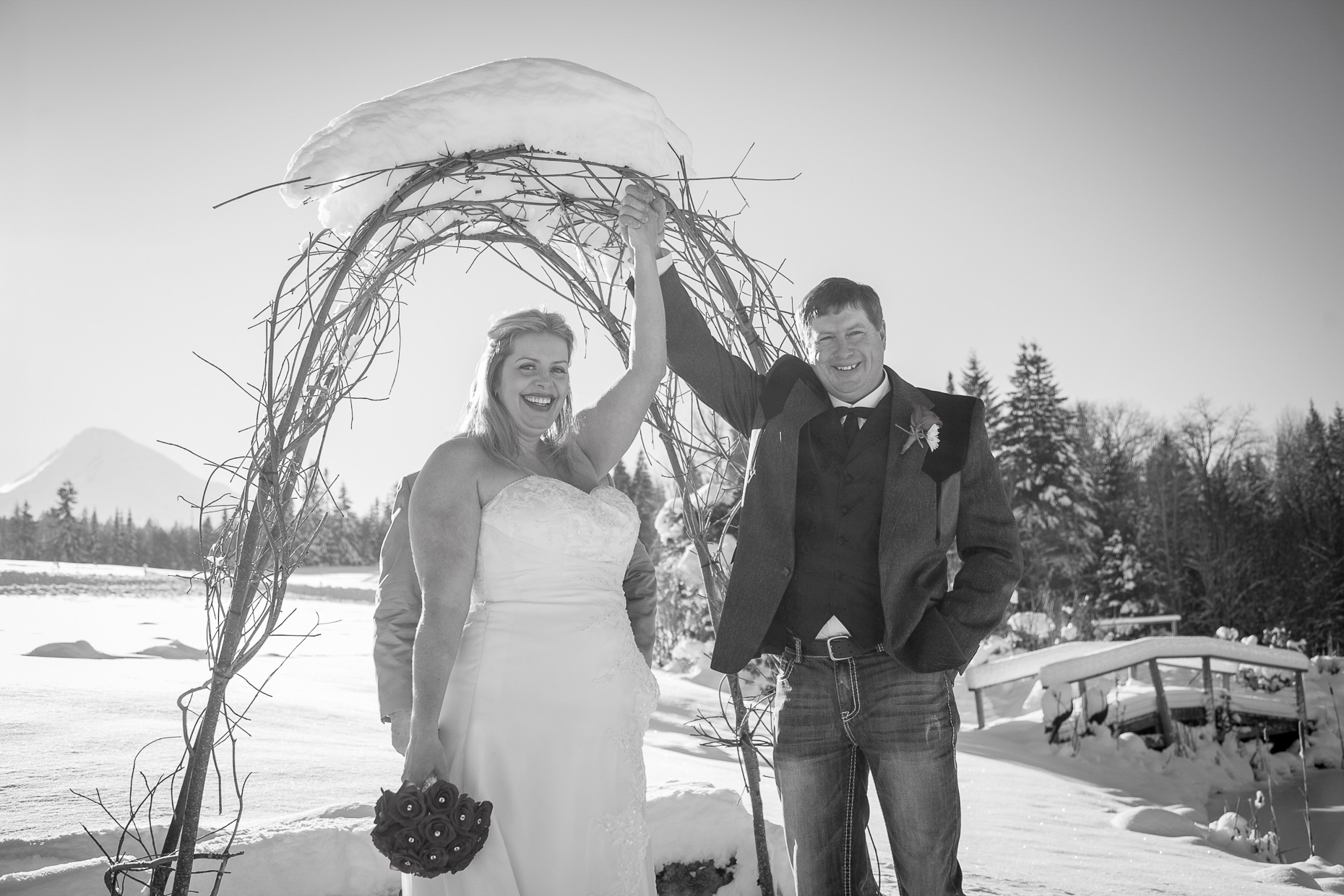mt-hood-bed-breakfast-elopement-snow-17