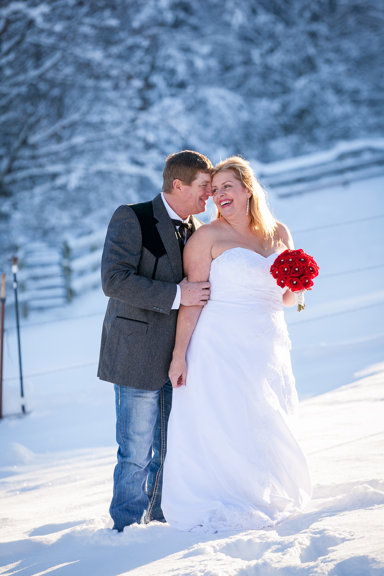mt-hood-bed-breakfast-elopement-snow-33