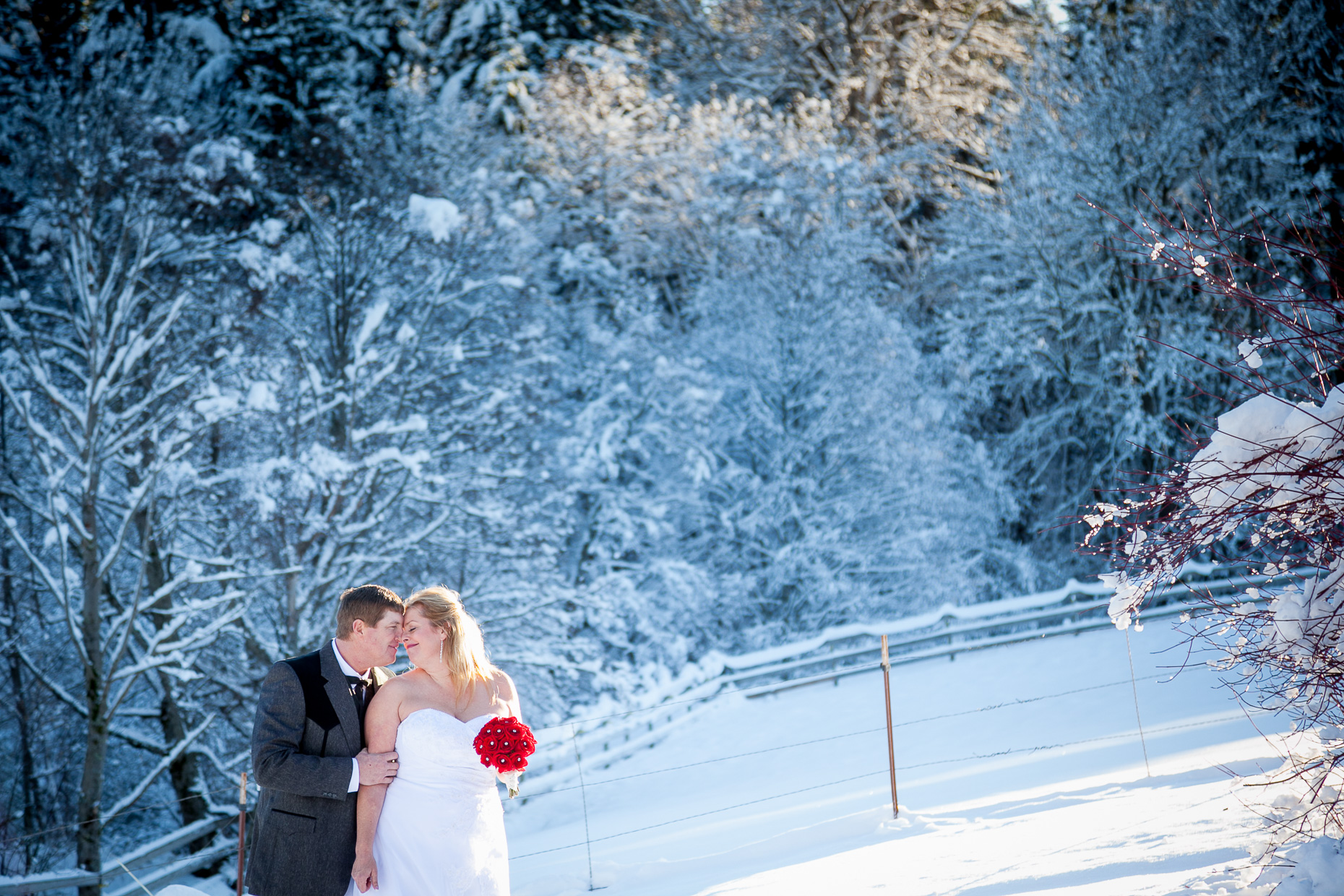 mt-hood-bed-breakfast-elopement-snow-34