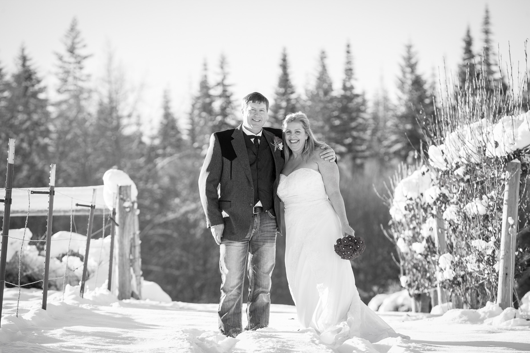 mt-hood-bed-breakfast-elopement-snow-40