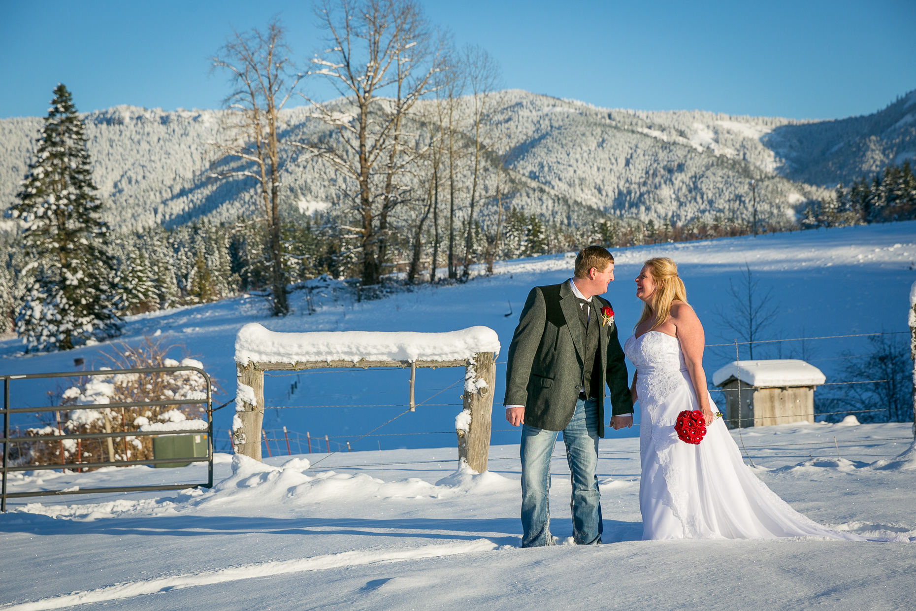 mt-hood-bed-breakfast-elopement-snow-46