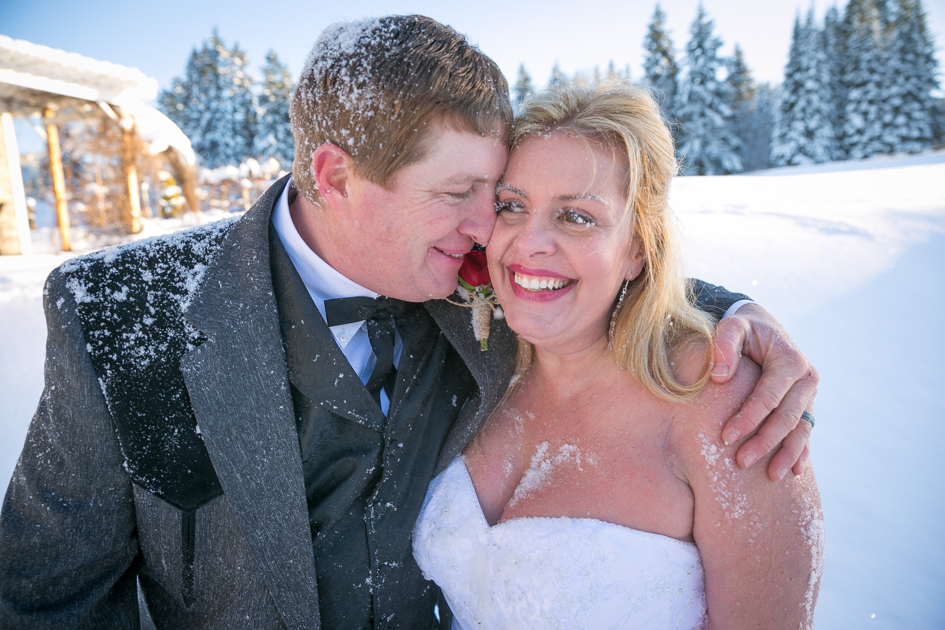mt-hood-bed-breakfast-elopement-snow-60