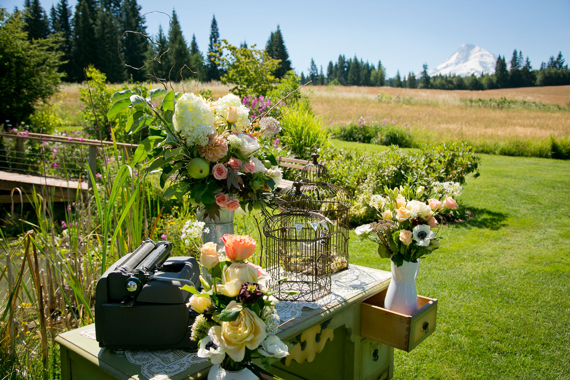 mt-hood-bed-breakfast-wedding-02.jpg